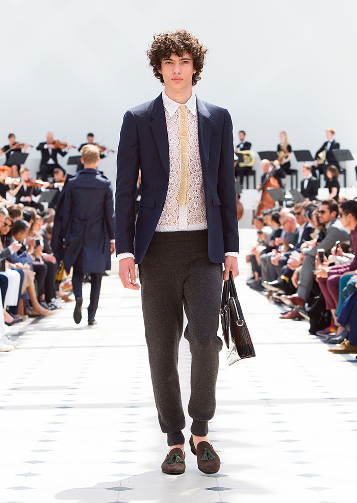 Burberry-Menswear-Spring-Summer-2016-Collection---Look-2