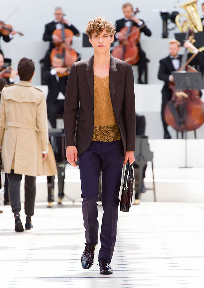 Burberry-Menswear-Spring-Summer-2016-Collection---Look-6