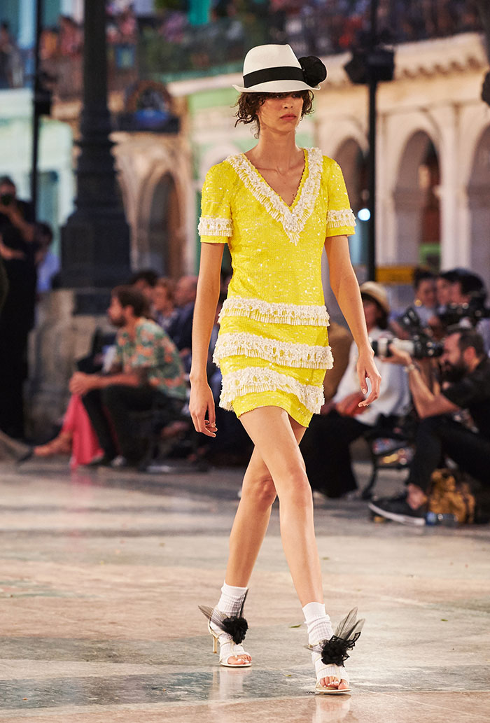 09_Cruise-2016-17-collection---Show-pictures-by-Olivier-Saillant---Look-86